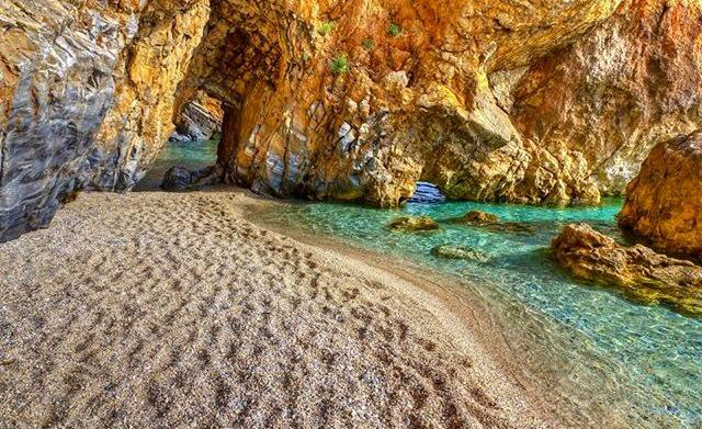 pelion-beach3